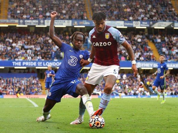 Chelsea berhadapan dengan Aston Villa pada laga Piala Liga Inggris.