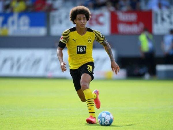 Axel Witsel mengaku ingin bantu para pemain muda Borussia Dortmund
