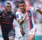 Bek Lyon Sebut Timnya Harus Berada di Puncak Klasemen