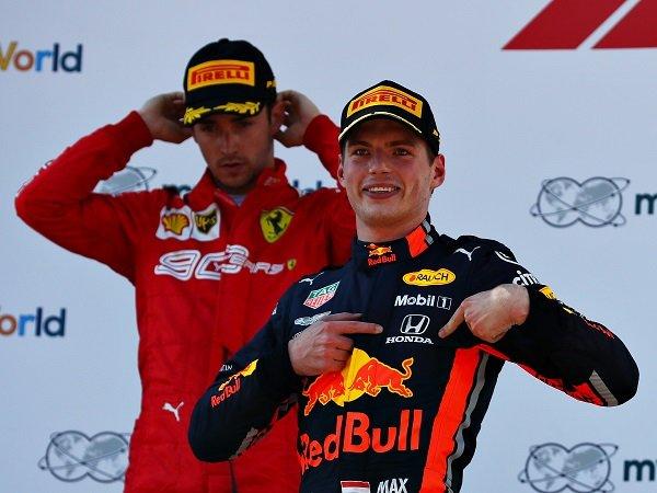 Charles Leclerc ingin lihat Max Verstappen patahkan dominasi Lewis Hamilton.