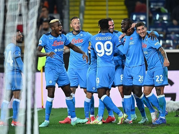 Napoli diklaim tak punya kekurangan, menurut pelatih Sampdoria.