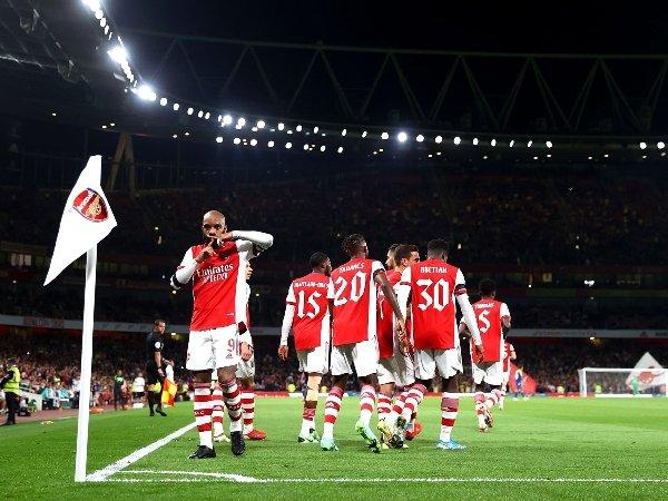 Alexandre Lacazette memimpin duel Arsenal melawan AFC Wimbledon
