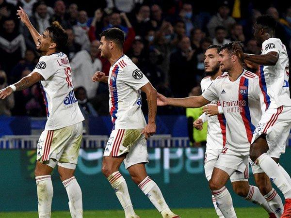 Lyon raih kemenangan atas Troyes