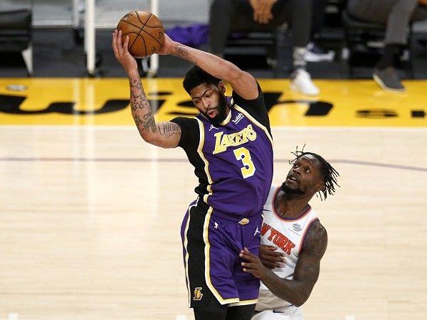 Rob Pelinka yakin Anthony Davis bisa kembali tampil garang di NBA 2021-2022.