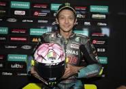 Valentino Rossi Jelaskan Makna Dari Helm Pink Miliknya di Misano