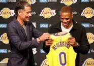 Rob Pelinka Beberkan Faktor Lakers Merombak Skuat
