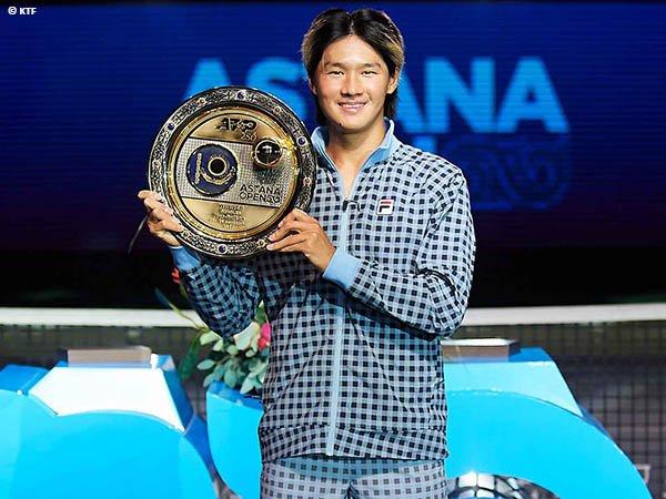 Soonwoo Kwon naik podium juara di Astana Open 2021