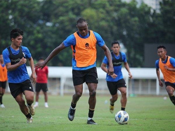 Victor Igbonefo jadi satu-satunya pemain naturalisasi di TC timnas Indonesia