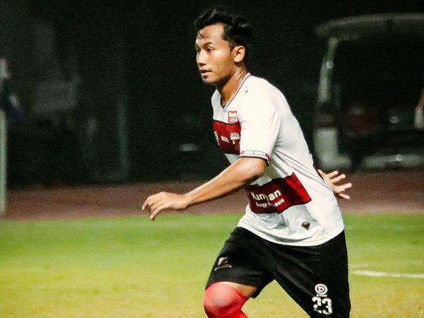 Bek muda Madura United, Kadek Raditya Maheswara menjalani laga debut di Liga 1