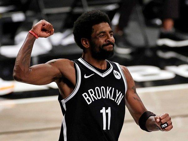 Brooklyn Nets tak ingin Kyrie Irving absen karena enggan divaksin.