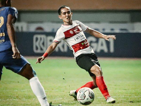 Gelandang Madura United, Slamet Nur Cahyo
