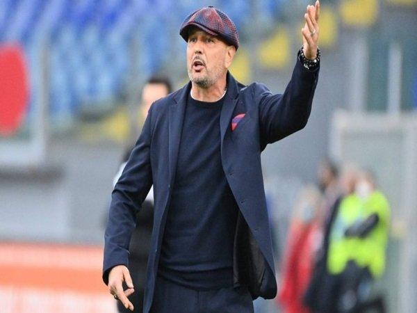 Pelatih Bologna