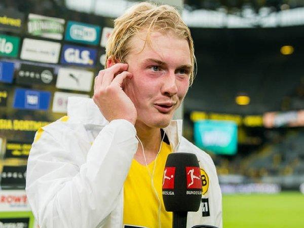 Julian Brandt senang dengan gol kemenangannya untuk Borussia Dortmund saat kontra Augsburg