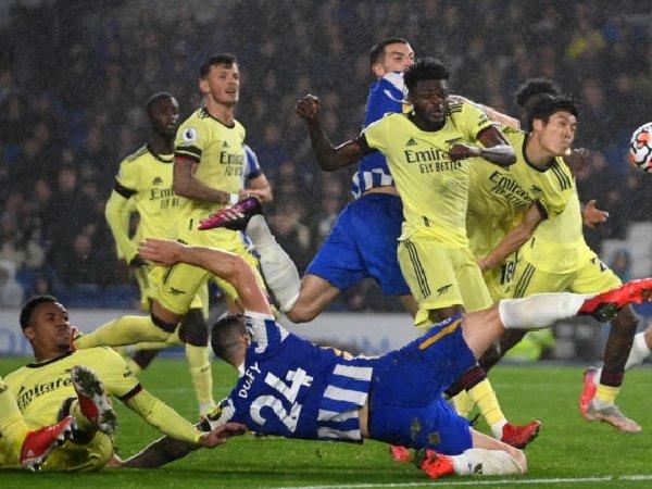 Arsenal bermain imbang tanpa gol melawan Brighton
