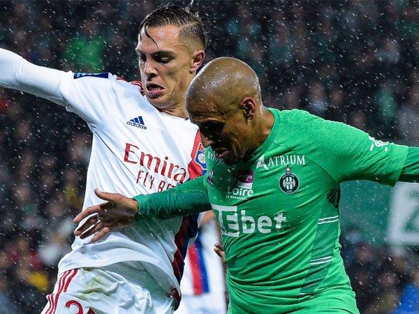 Lyon kecewa ketika imbang melawan Saint-Etienne