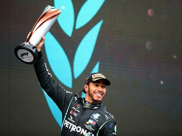 Toto Wolff belum lega meskipun Lewis Hamilton puncaki klasemen lagi.