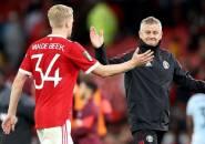 Van de Beek Kesal Dengan United, Milan dan Juventus Siaga