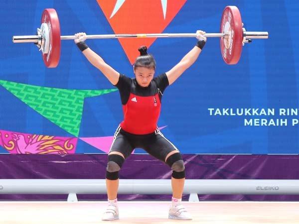 Lifter putri Jawa Barat, Windy Cantika Aisyah tampil di PON XX 2021 Papua