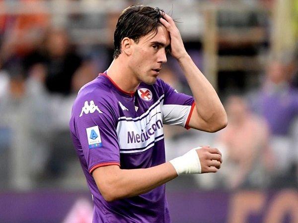 Dusan Vlahovic masuk daftar jual Fiorentina setelah gagal perpanjang kontrak.