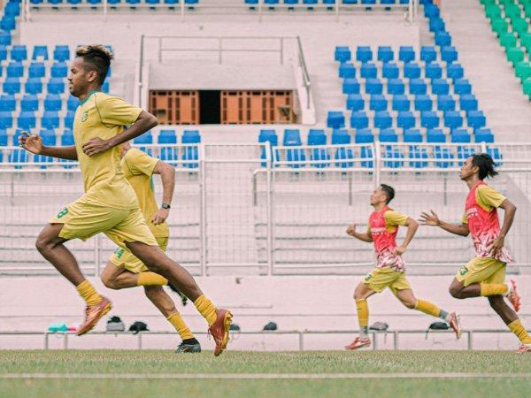 Latihan perdana Persebaya Surabaya untuk menatap seri kedua