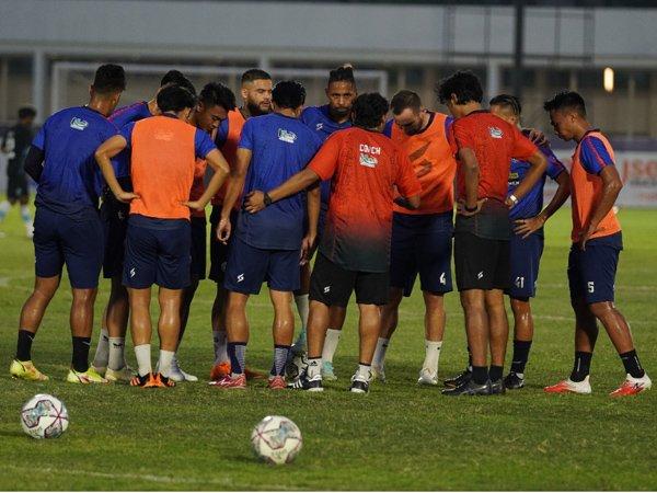 Latihan skuat Arema FC
