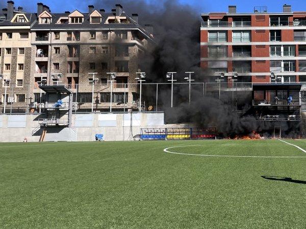 Inggris vs Andorra Kini Bisa Ditunda Setelah Stadion Alami Kebakaran
