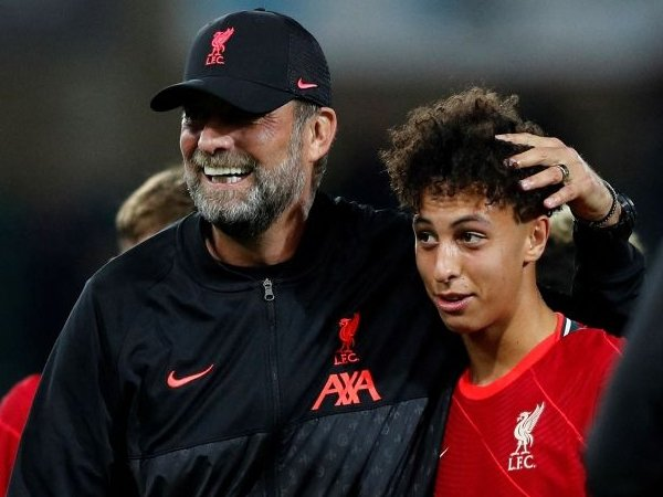 Liverpool Beri Kaide Gordon Kontrak Profesional Pertama