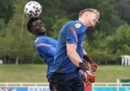 'Agen' Saka Yakinkan Mikel Arteta Bawa Aaron Ramsdale ke Arsenal