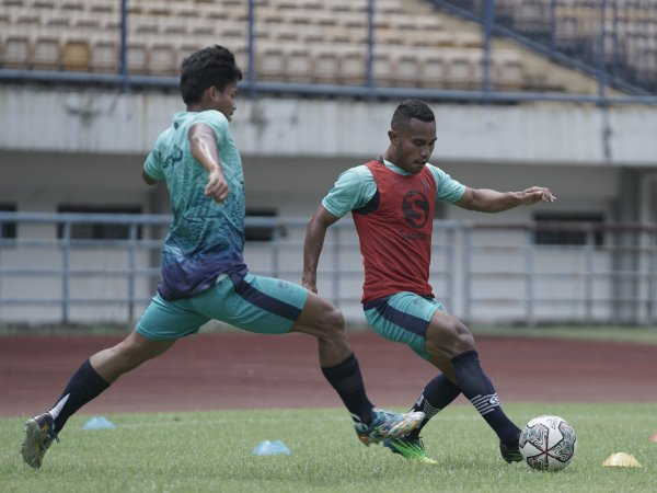 Pemain Persib ketika berlatih