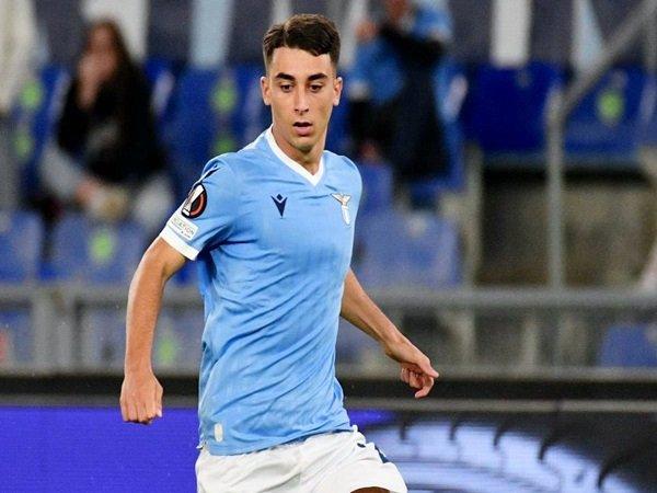 Moro resmi meneken kontrak baru dengan Lazio