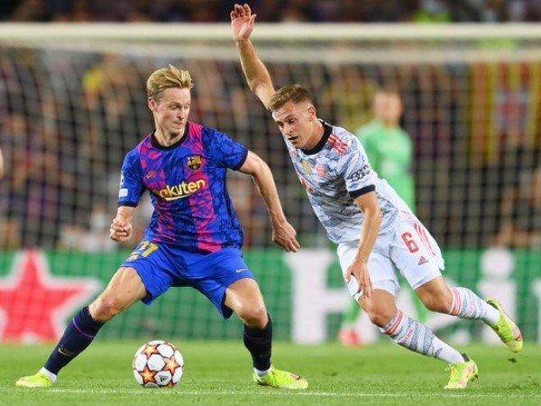 Bayern Munich Manfaatkan Krisis Barcelona