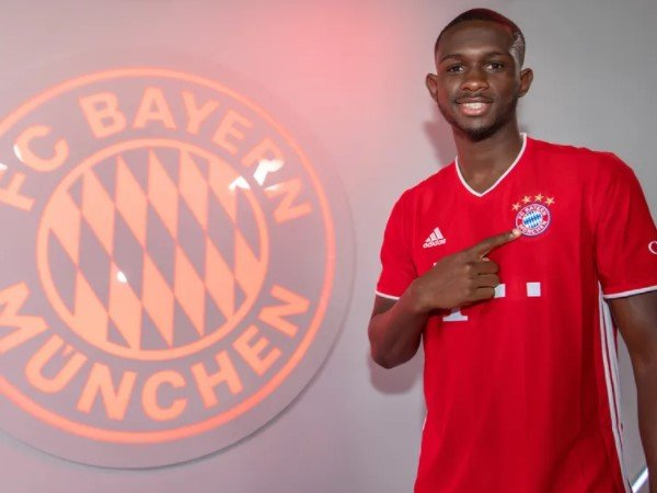 Tanguy Nianzou Minim Kesempatan Bermain di Bayern Munich