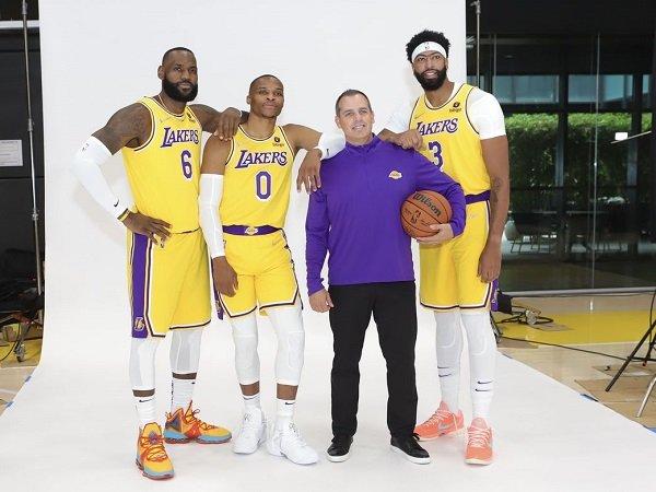 Metta World Peace percaya Lakers masih berpeluang besar raih gelar juara NBA 2021-2022.