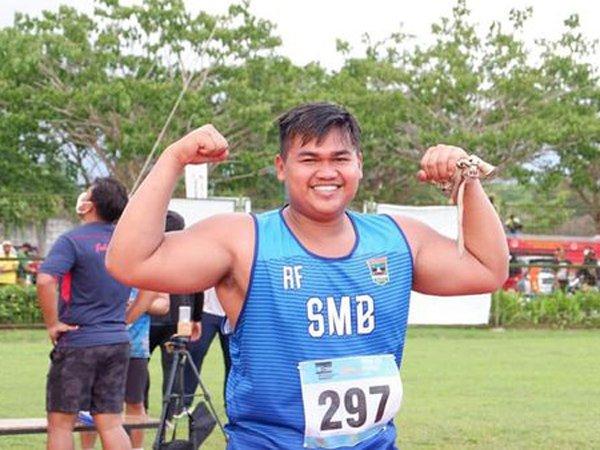 Atlet lontar martil Sumbar, Rafika Putra