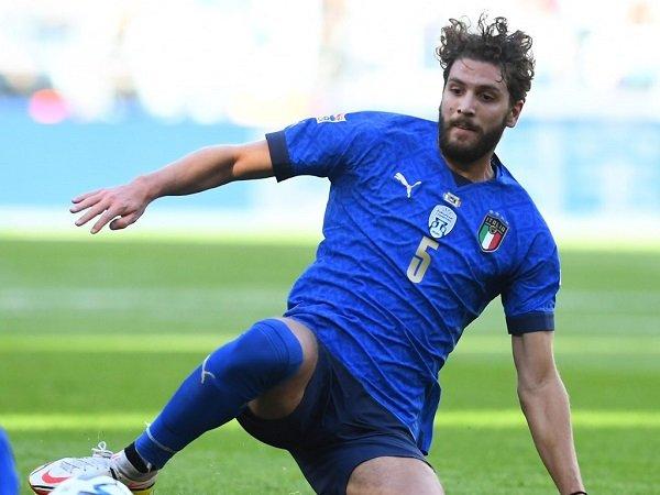 Manuel Locatelli punya kualitas untuk gantikan Jorginho.