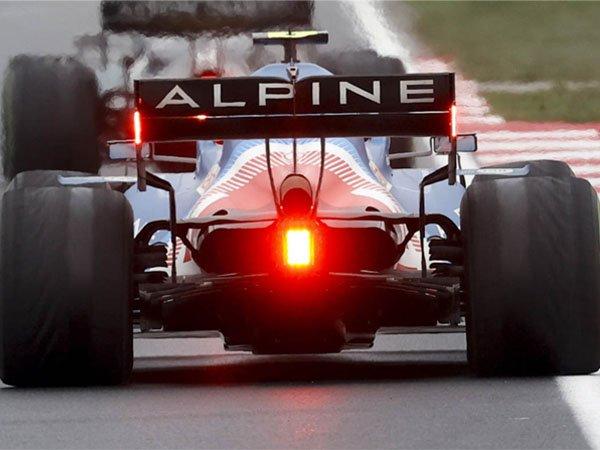 Esteban Ocon ingin mengantung ban P10 di markas Alpine