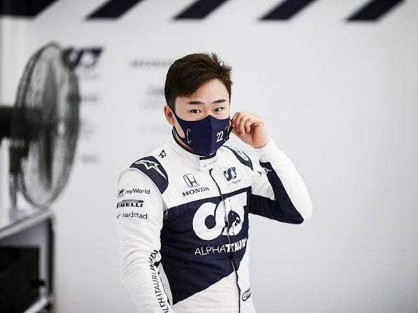 Yuki Tsunoda mengaku bantu Verstappen di Istanbul Park.