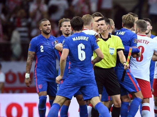 FIFA Tidak Ambil Tindakan Atas Bentrokan Kyle Walker dan Kamil Glik