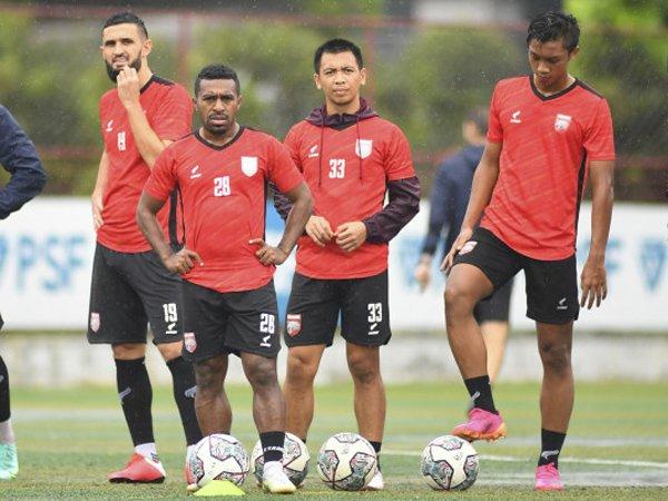 Latihan Borneo FC jelang menghadapi Persikabo 1973