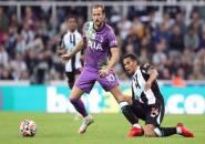 Akhiri Peceklik Gol, Kane Kirim Pesan Untuk Fan Newcastle Yang Kolaps